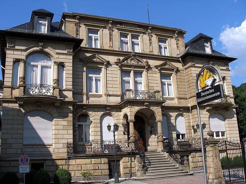 800px Deutsches Edelsteinmuseum IO